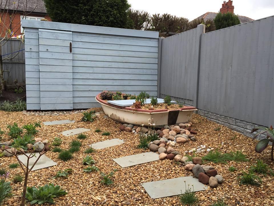 Seaside garden in ashton in makerfield sound garden for Seaside garden designs